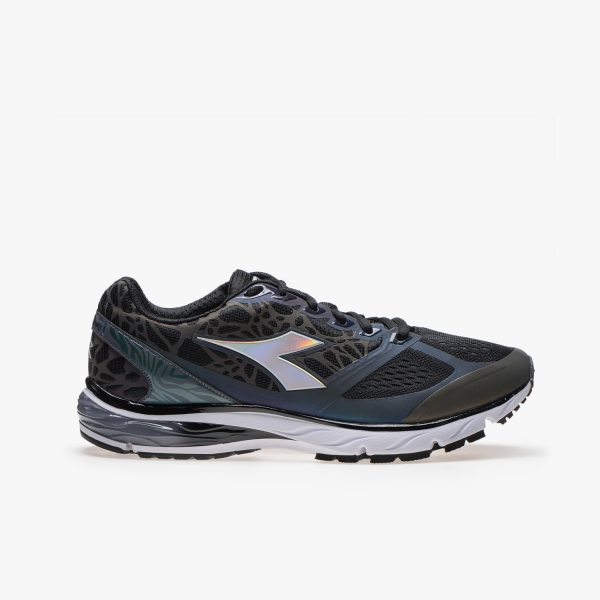 Diadora Mythos Blueshield Black HIP